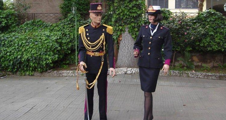 Divise militari