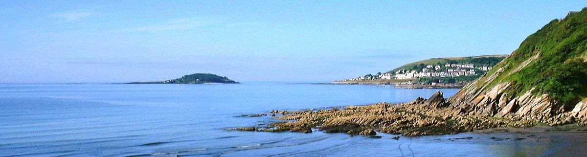 Deep Blue Shore Looe Cornwall - View across Looe Bay
