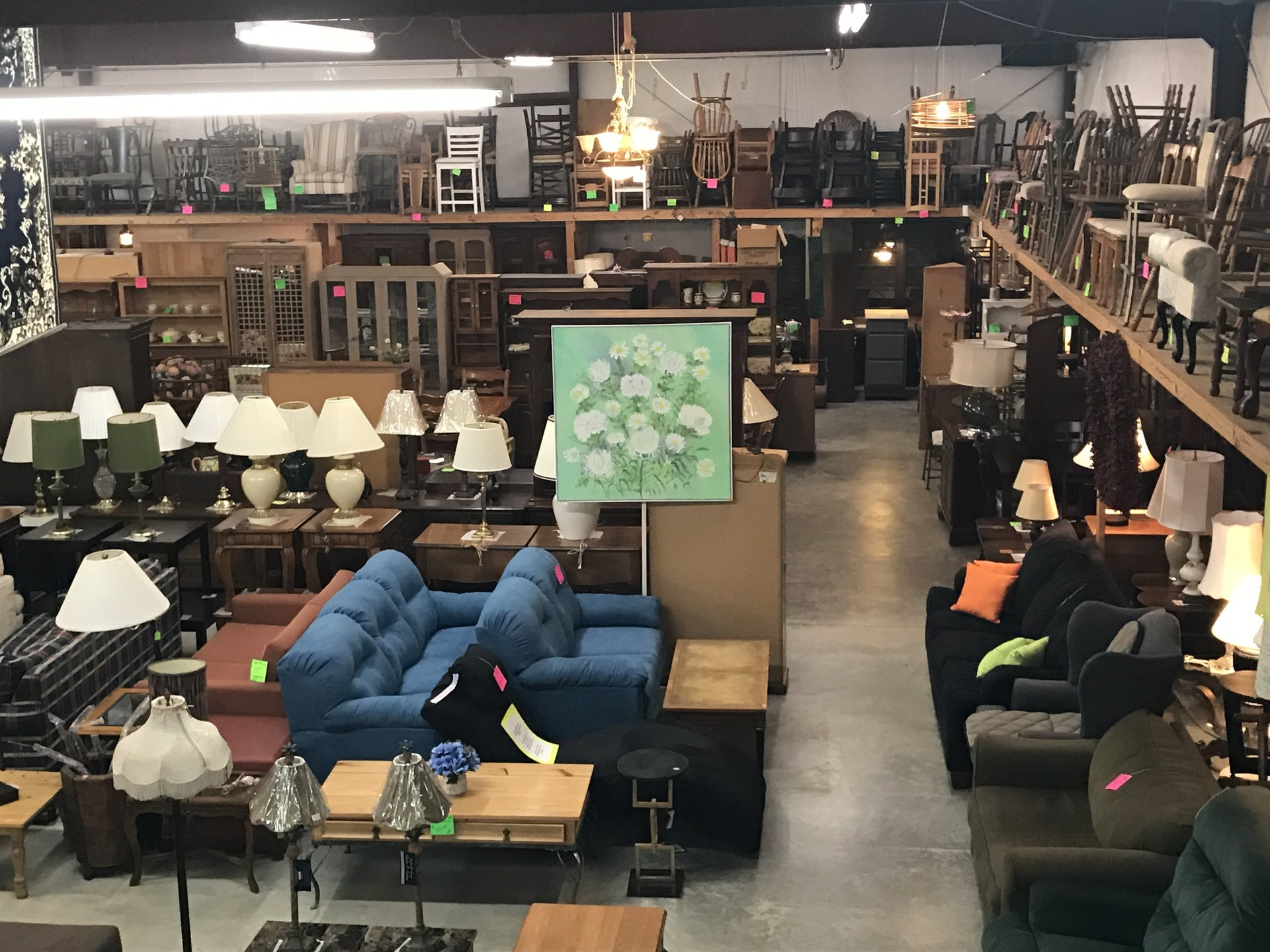 New Nearly New Thrift Shop Used Furniture Appliances In