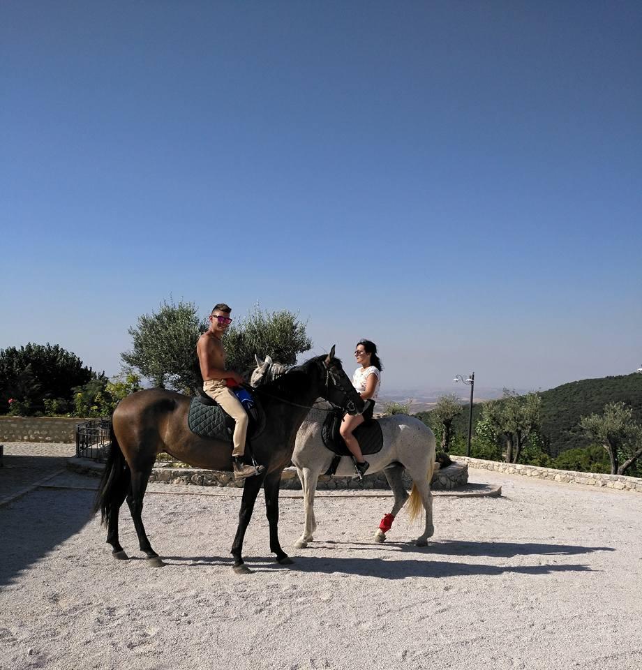 Itinerario boschivo per passeggiate a cavallo