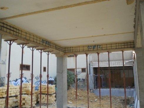 Realizzazione di rinforzo strutturale con nuova armatura delle travi e pilastri