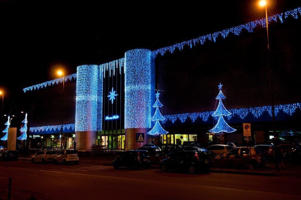 Luci da esterno natalizie: eventidee installazioni natalizie. luci