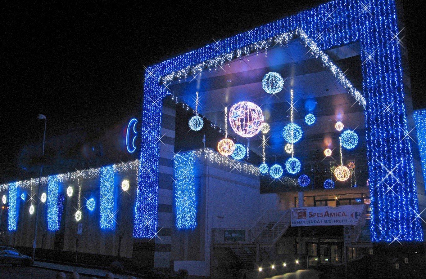 Noleggio luminarie per centri commerciali, noleggio luminarie natalizie stradali, noleggio luminarie rieti, luminari natalizie rieti, luminarie ed illuminazione centri commerciali rieti