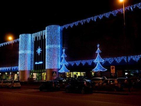 Addobbi natalizi per centri commerciali, Rieti