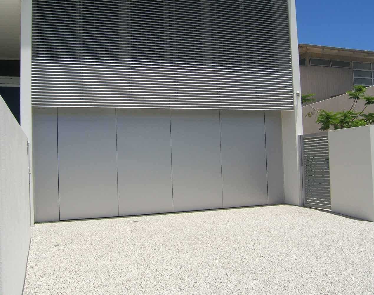 aluminium tilt garage door