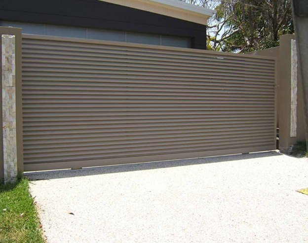 powder coated louvered slide gate