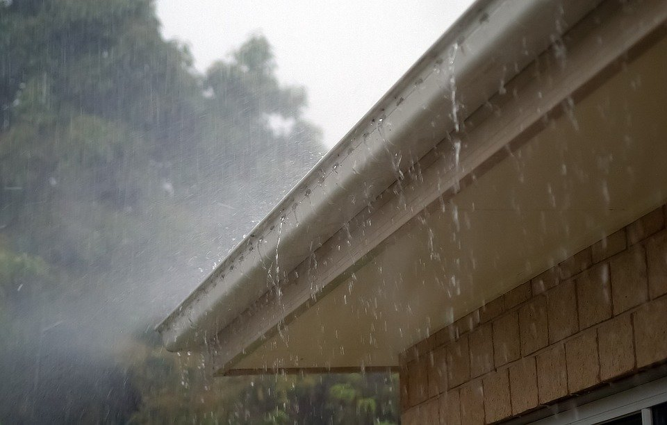 Gutter guards protecting a home in Crescent Springs, KY