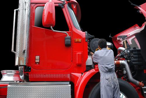 Expert repairing a truck in Leeds, AL