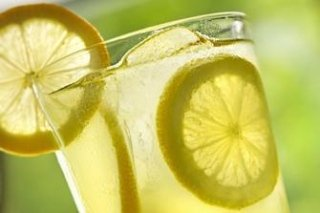 come fare una limonata allo zenzero