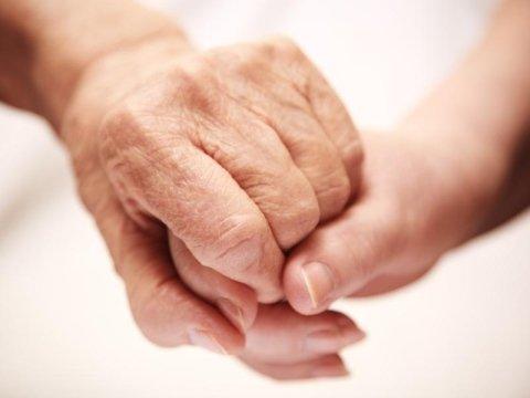 Assistenza ad anziani parzialmente autosufficienti