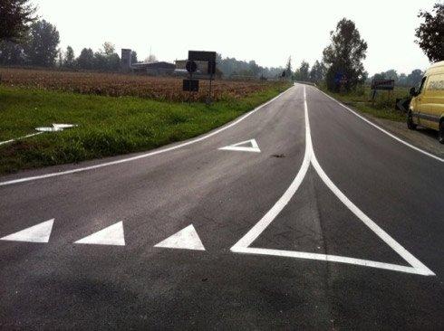 Posa segnaletica orizzontale Bergamo