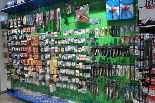 assortimento accessori per pesca
