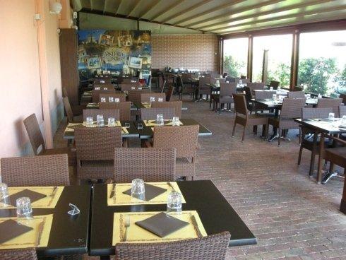 tavoli in veranda