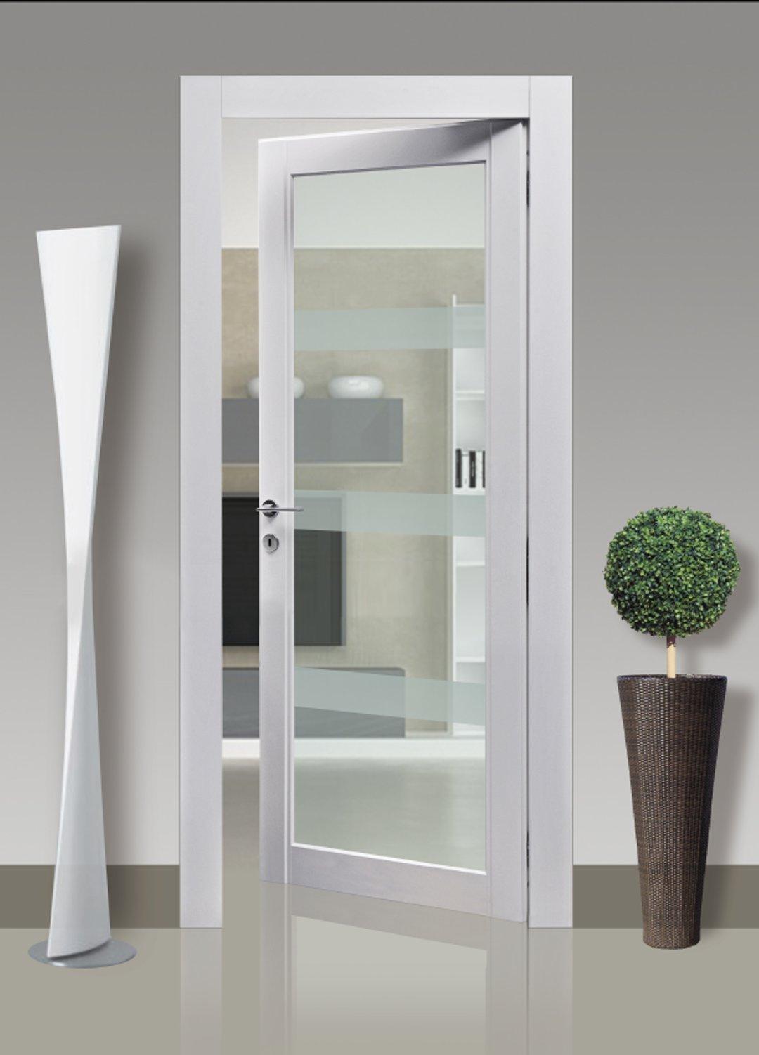 pino_spazzolato_laccato con porta a vetro