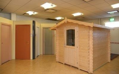 casetta prefabbricata in legno