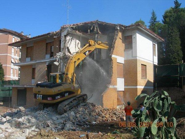 Demolizioni Civili ed Idustriali