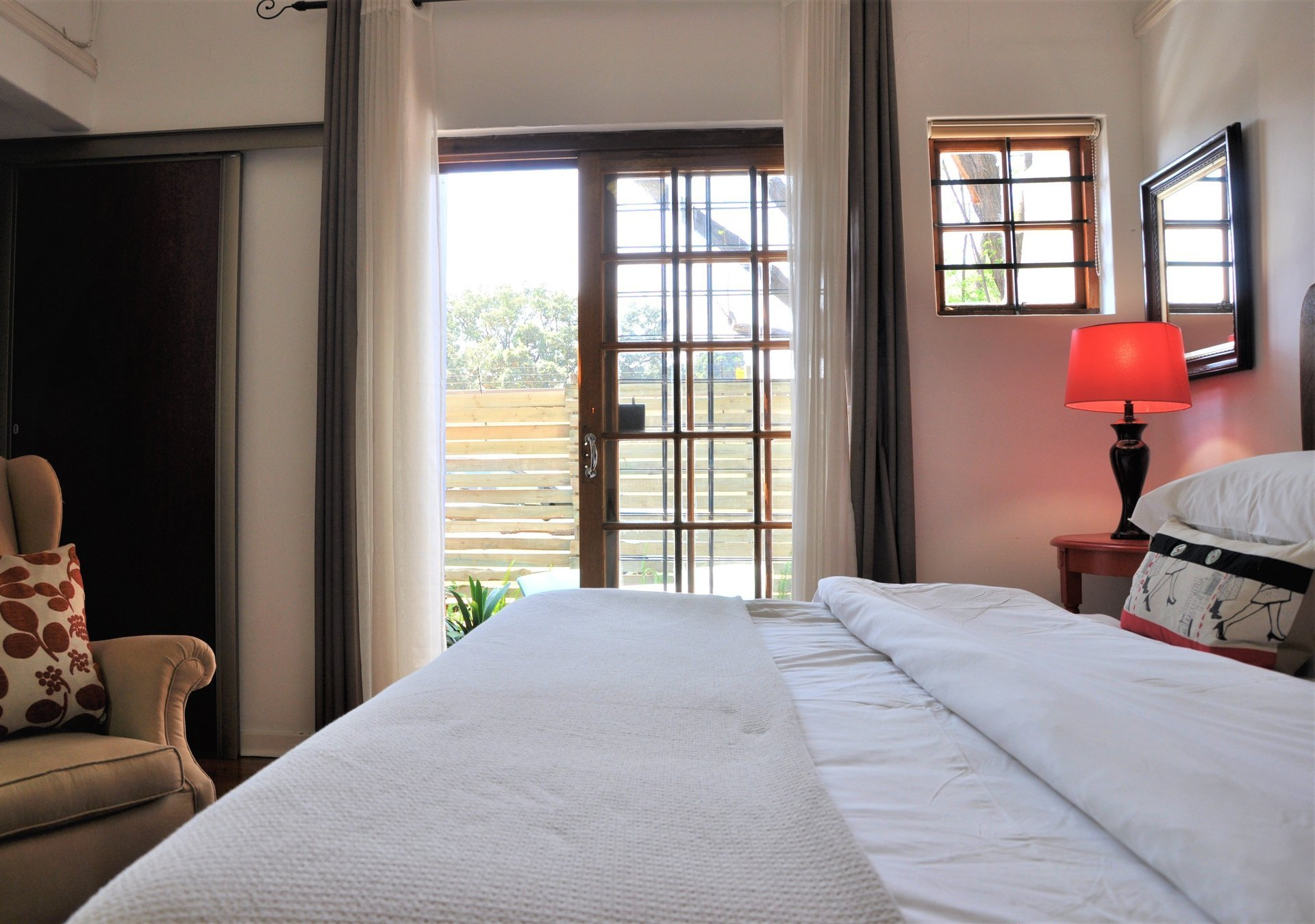 self catering rooms | guest house in melville | cottage accommodation