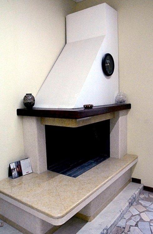 Realizzazione caminetti in marmo