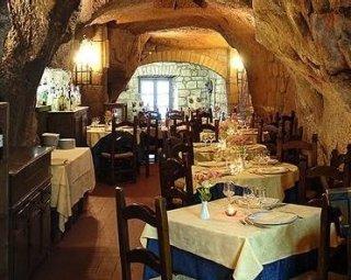 ristorante-le-grotte-del-funaro
