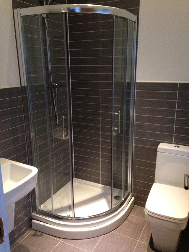quarter round glass shower
