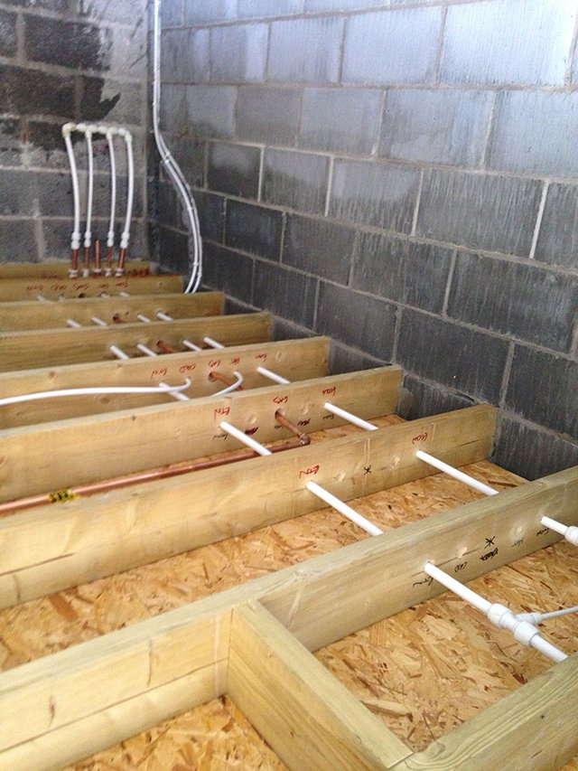 underfloor pipes