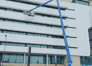 Effective Water Fed Pole Cleaning In Sheffield Doncaster