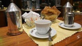 caffè mocaccino, caffè con panna, caffè con cioccolato