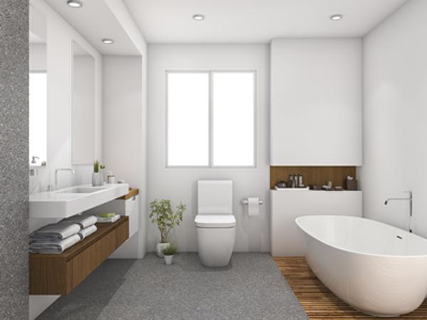 bagno moderno con mobili in legno