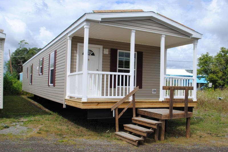 Lot 66 hpt redman northwood 16x70 porch model for 1 bed 1 bath mobile homes