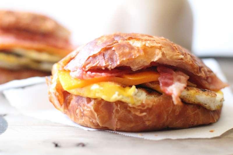 Donut Mart Breakfast Menu