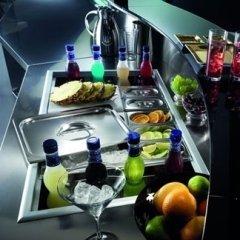 arredamento bar frigorifero bancone