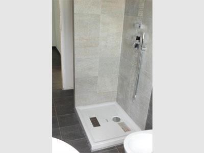 rivestimento muro per doccia