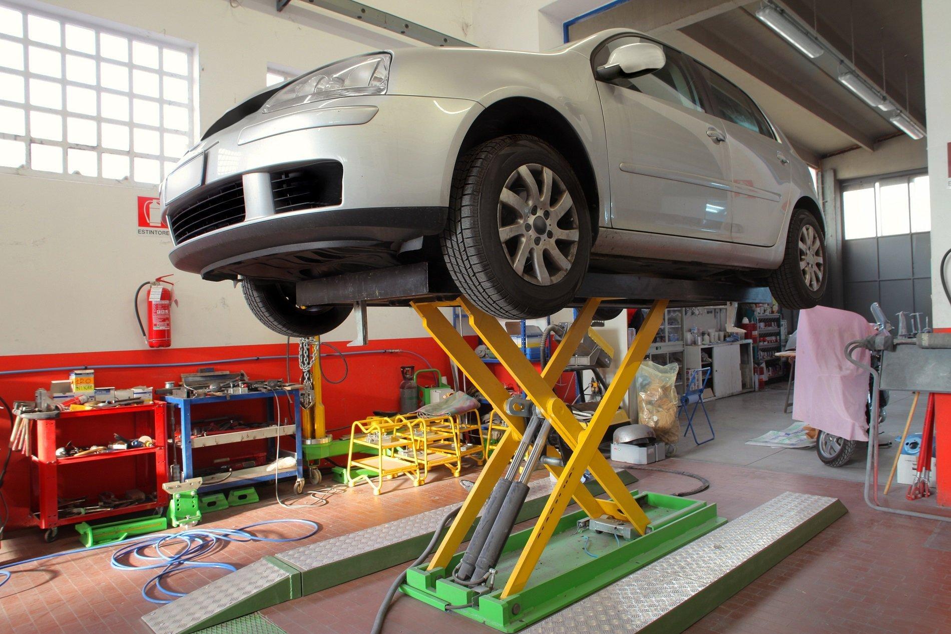 Forniture elettrauto torino farpa torino sas ponti for Garage per auto modulari 3