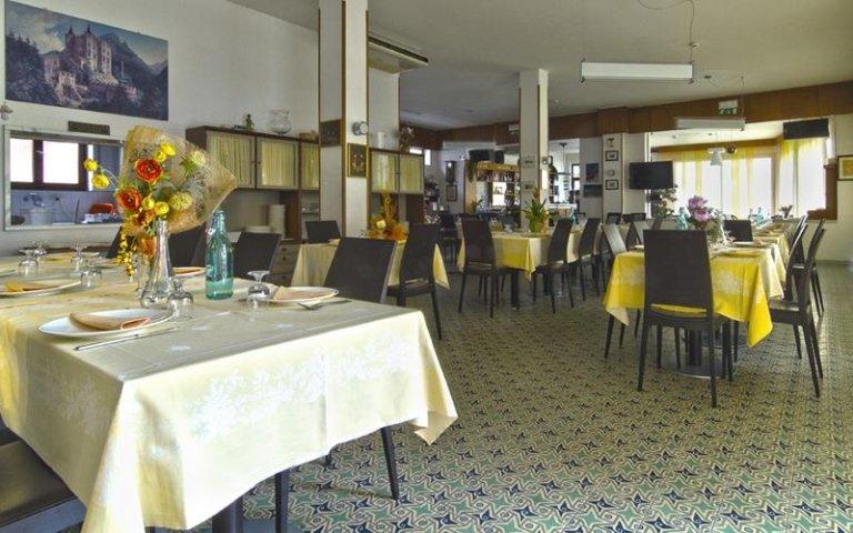 hotel con ristorante
