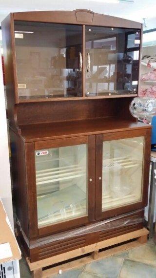 Offerta vetrina in legno
