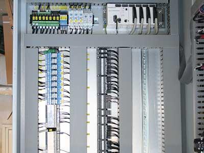 Tabella elettrico interno della nave
