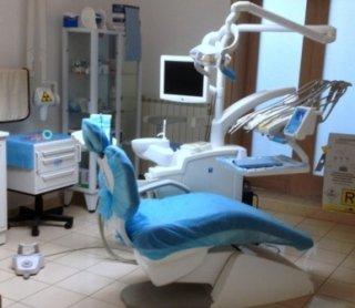 dentista, medico chirurgo, odontoiatra