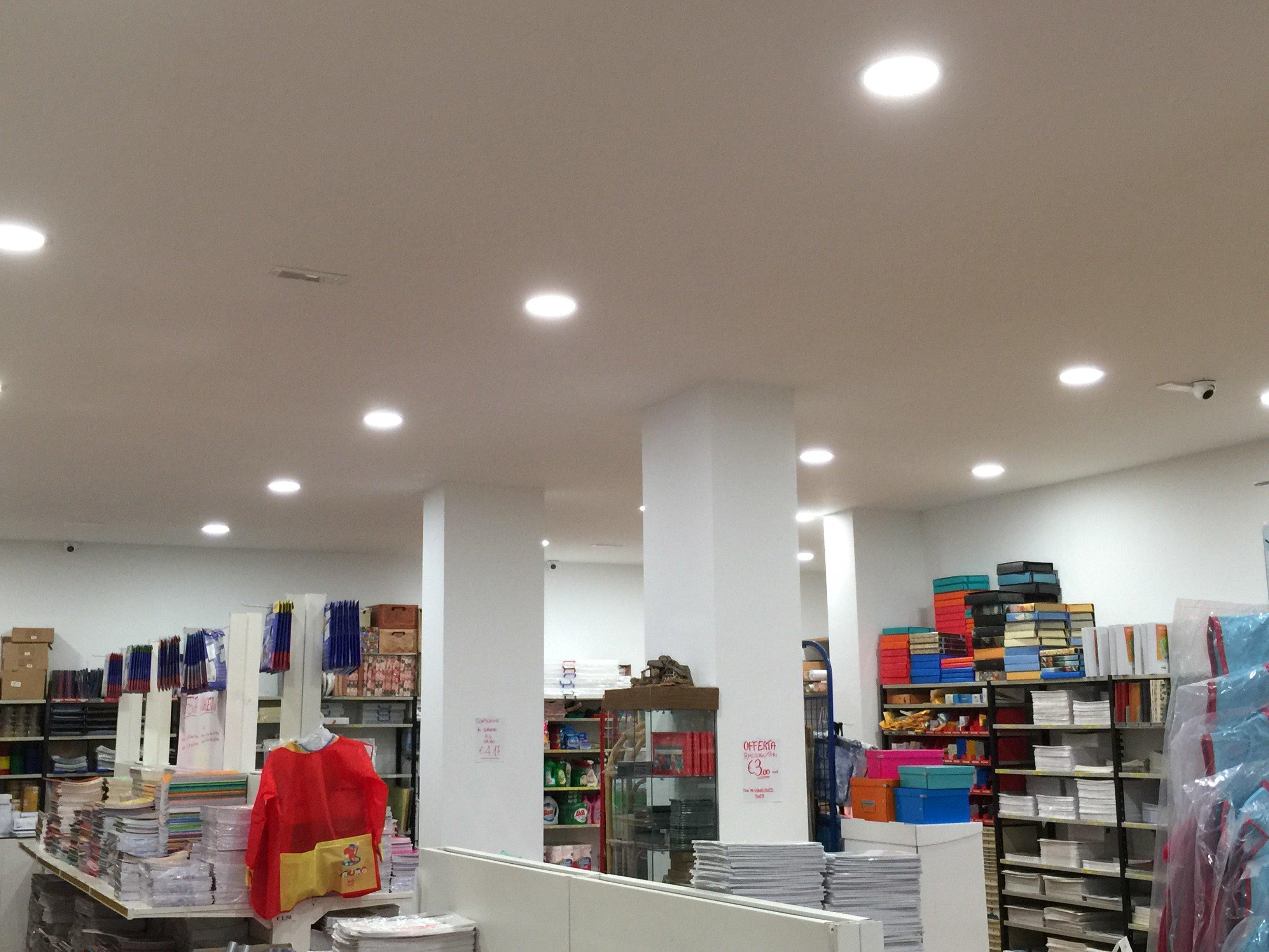 impianti di illuminazione negozi Elettrozena Genova