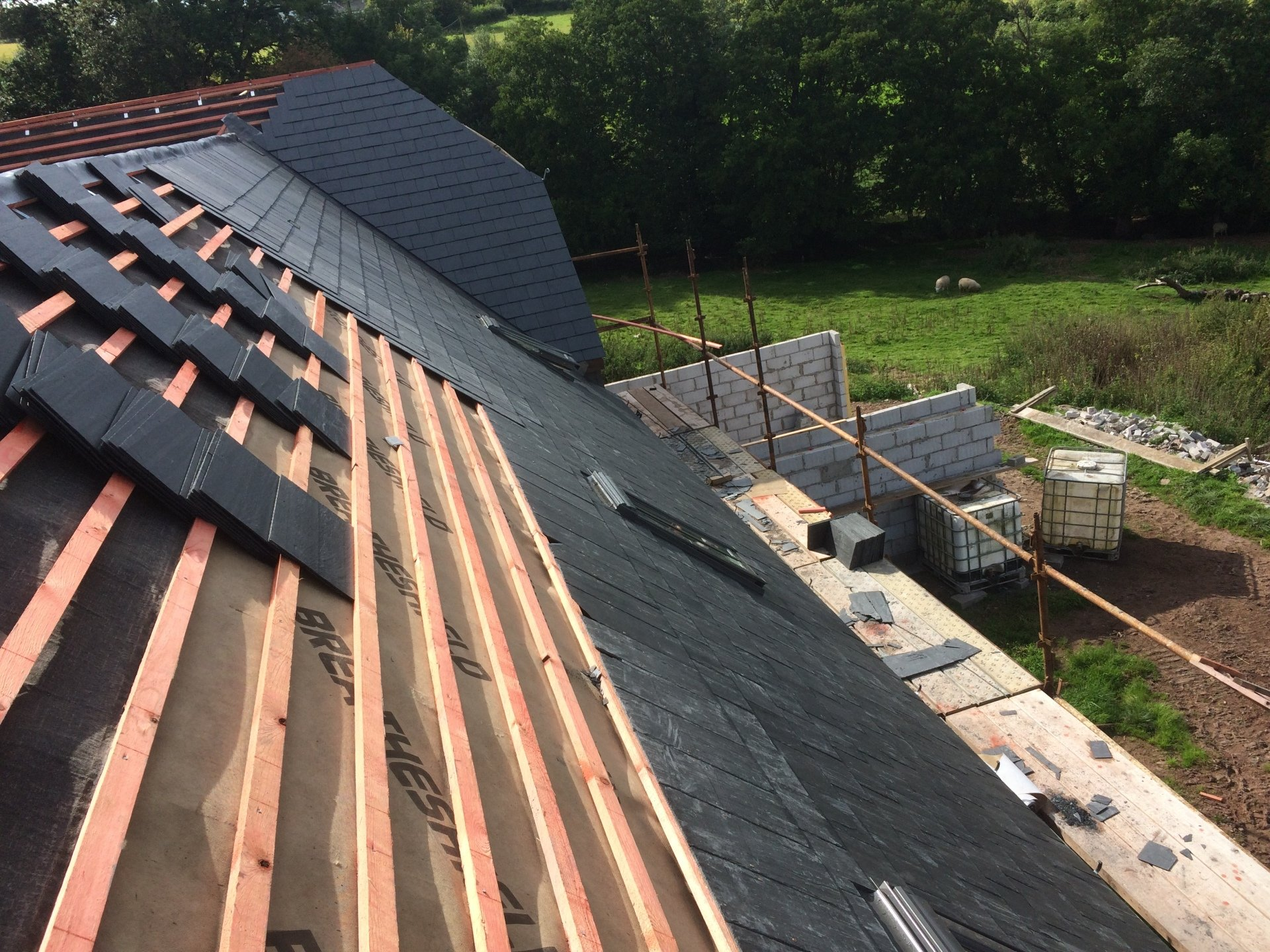 Residential And Commercial Roofing In Pontypridd And All