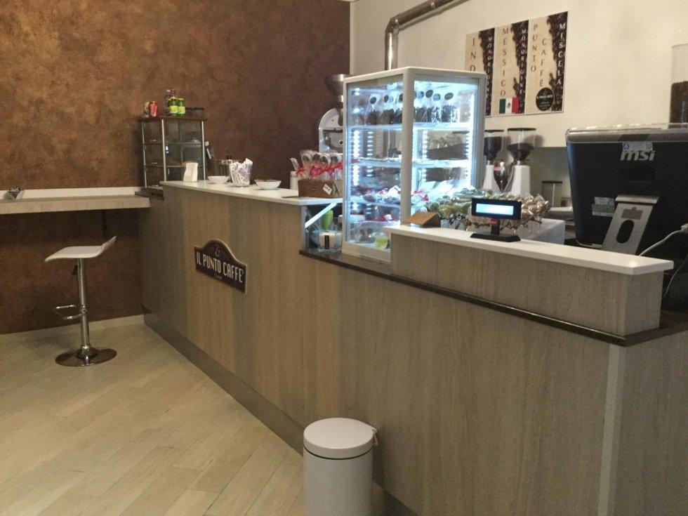 Il Punto Caffè Cavour Bancone