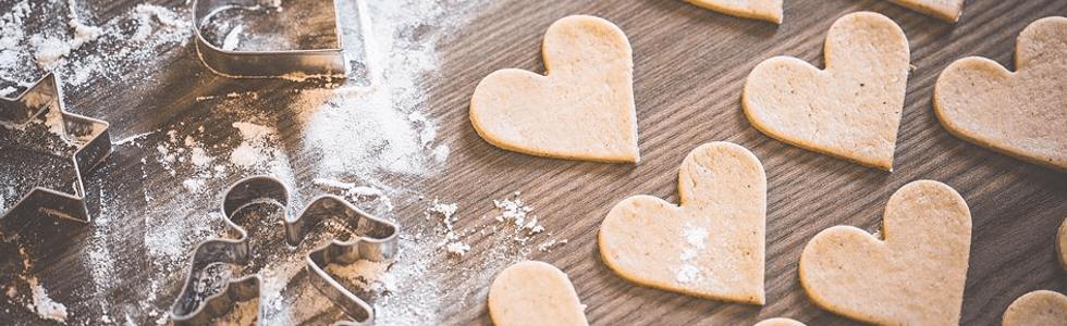 biscotti, cuore, farina, forme, panificio Bernardelli