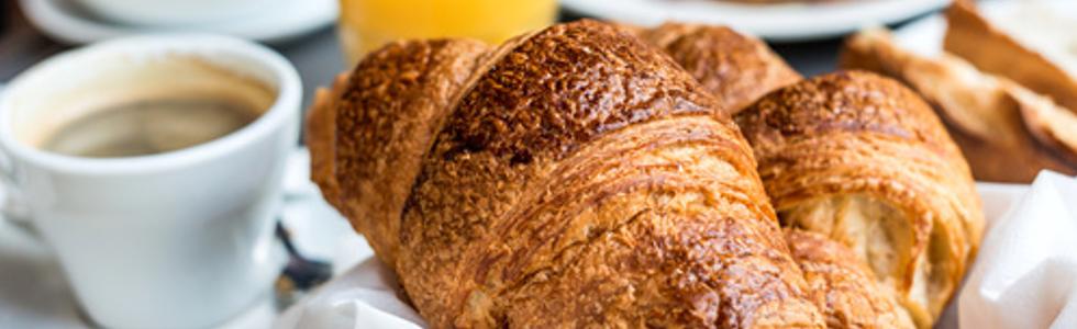 caffetteria Bernardelli, caffe, croissant, tazza, colazione