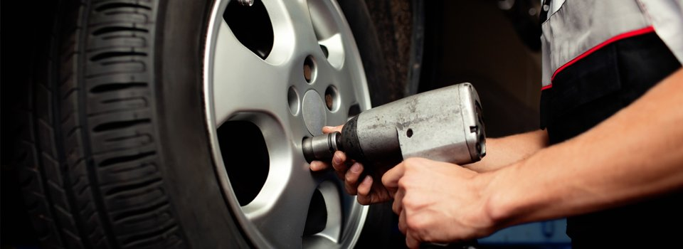 Tyre fitting & puncture repairs