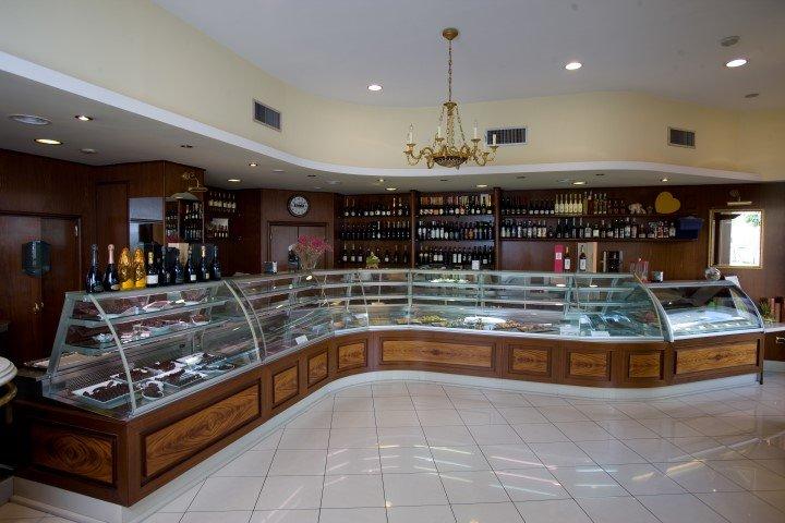 banconi da bar, per negozi e ristoranti