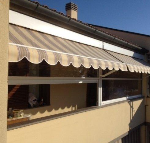 tende per ombreggiamento finestre