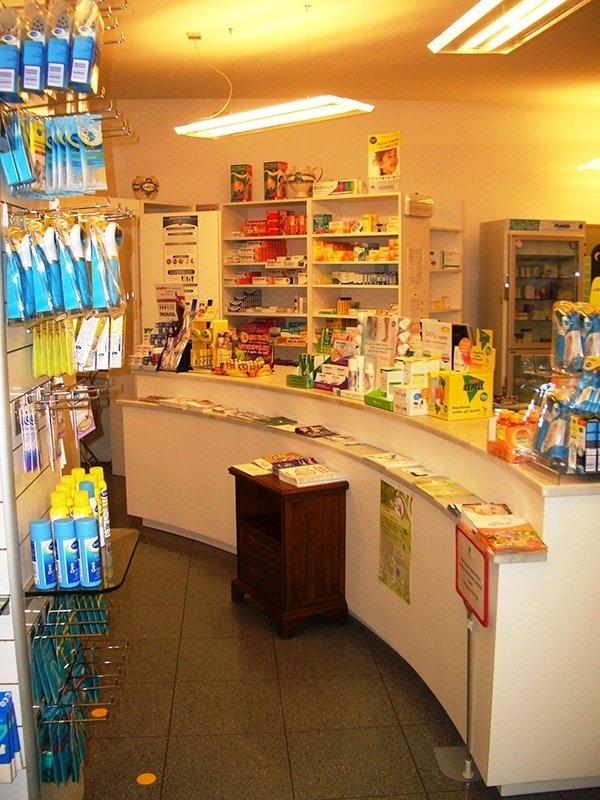 bancone della farmacia