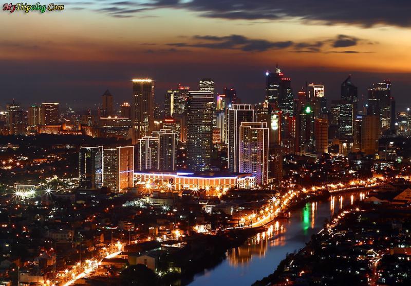 Hotels near Manila