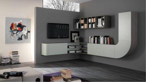 mobile da tv bianco, una TV e una libreria