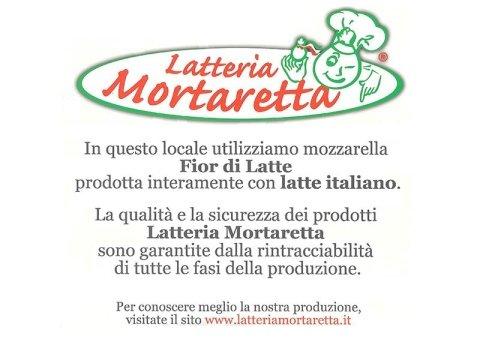 utilizziamo mozzarella prodotta con latte italiano