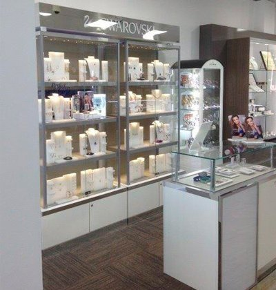 kitchen wise typical commercial display